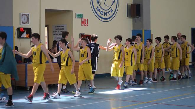 Basket: fanno festa le under 14 della Pall. Cierre 98, ko per gli allievi