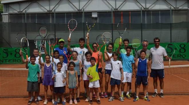 Santo Stefano Belbo ha ospitato una due giorni di grande tennis