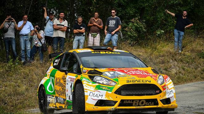Jacopo Araldo e Lorena Boero vinconto il 43° Rally Team 971