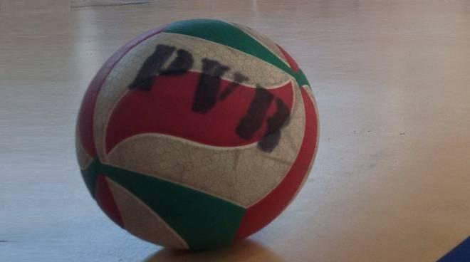 pallone pallavolo valle belbo