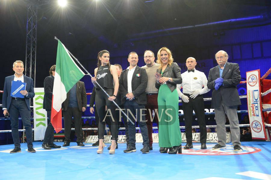 Oliha Etinosa profeta in patria: è Campione Italiano dei Pesi Medi