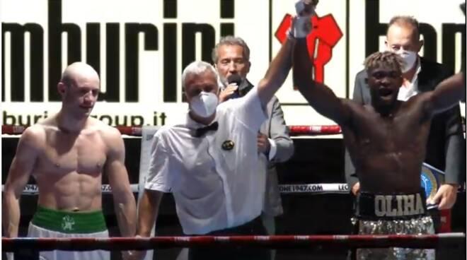 vittoria etinosa difesa titolo italiano