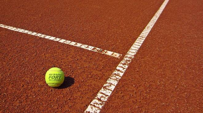 tennis repertorio terra rosso Image by Eugen Visan from Pixabay