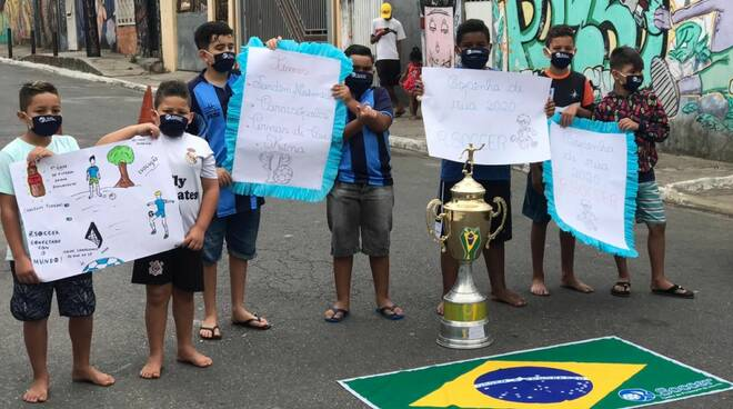 """Itaim Paulista allenamento """"congiunto"""" a distanza orange futsal"""