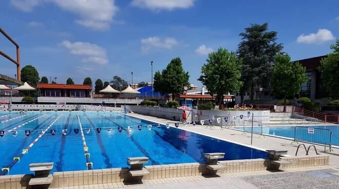 piscina comunale asti aperto
