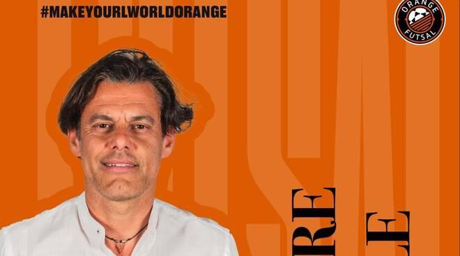 caccialupi orange futsal