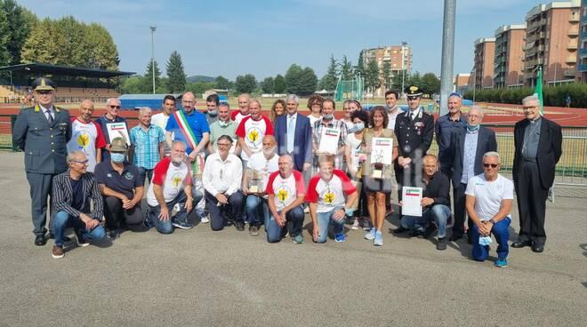 Cerimonia di premiazione dei maratoneti astigiani da parte degli Ambasciatori Città di Asti 2021